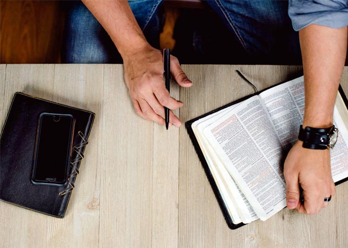 Bible and Theology Studies Online by Axx